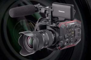 Panasonic presenta AU-EVA1 videocamera Compact super 35 mm