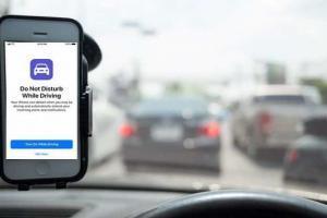 IOS 11 novità notifiche dei messaggi bloccate mentre si guida