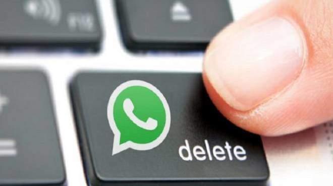 WhatsApp funzione Recall per cancellare un messaggio inviato per errore