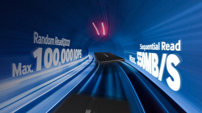 samsung Il primo SSD al mondo dotato di 3D V-NAND