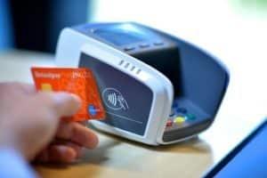 Comodi sicuri veloci i metodi di pagamento contactless