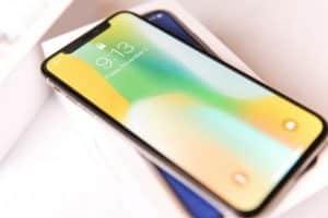 Apple IPhone X Plus pieghevole Secondo diverse fonti