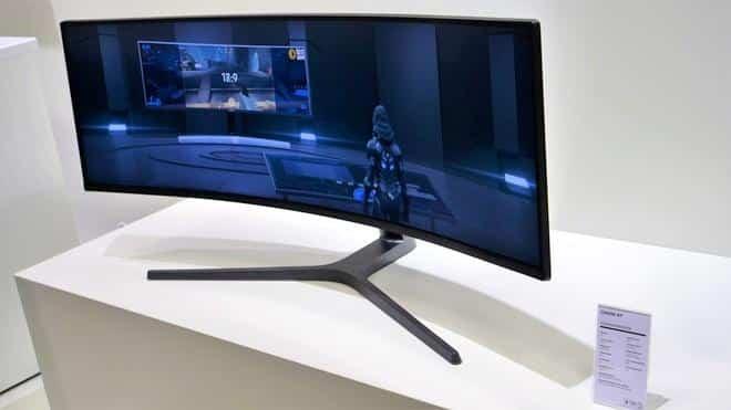 Il monitor QLED Samsung CHG90 certificato Display HDR