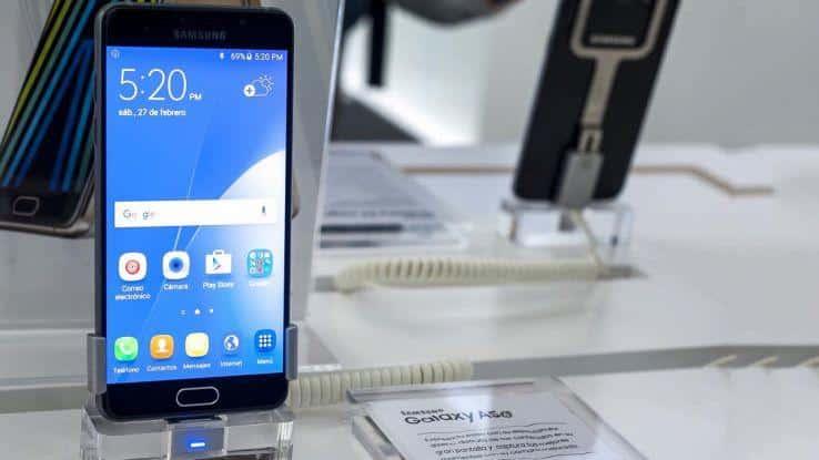 Samsung Galaxy A8 2018 presentazione al CES 2018
