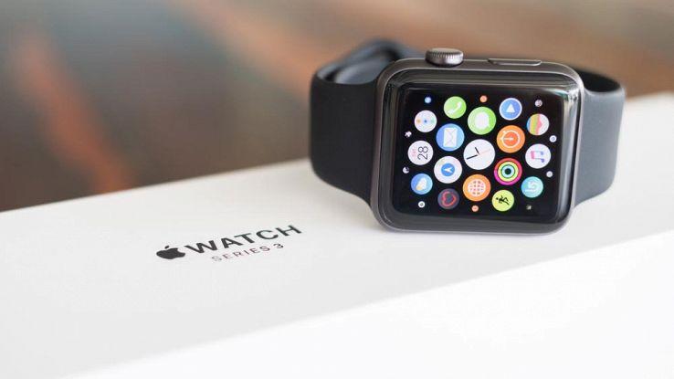 Apple Watch 4 rumor caratteristiche prezzo data di uscita Italia