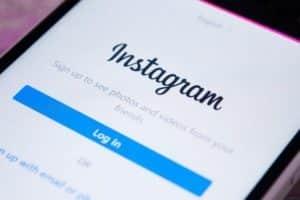 Instagram in arrivo la funzione per chiamate e videochiamate