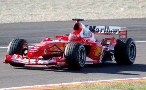 Mick Schumacher sulla Ferrari F2004 a Hockenheim