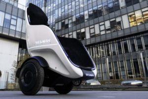Segway S Pod la sedia elettrica che viaggia a 38 km/h