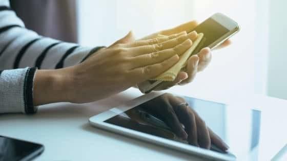 Come pulire e disinfettare Notebook Smartphone e Tablet