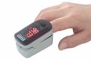 Saturimetro: come funziona e a cosa serve il pulsiossimetro